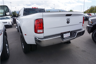 2018 Ram 3500 Crew Cab DRW 4x4 Pickup #47039 - photo 6