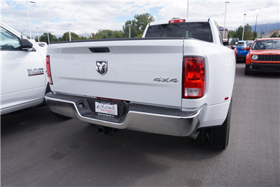 2018 Ram 3500 Crew Cab DRW 4x4 Pickup #47039 - photo 2