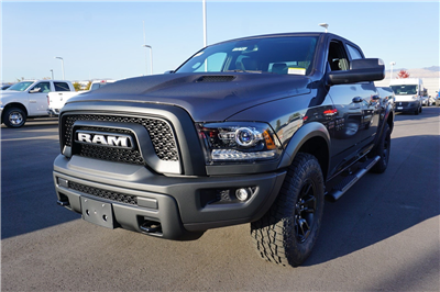 2018 Ram 1500 Crew Cab 4x4 Pickup #47046 - photo 4