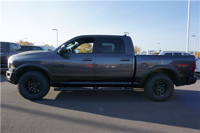 2018 Ram 1500 Crew Cab 4x4 Pickup #47046 - photo 5