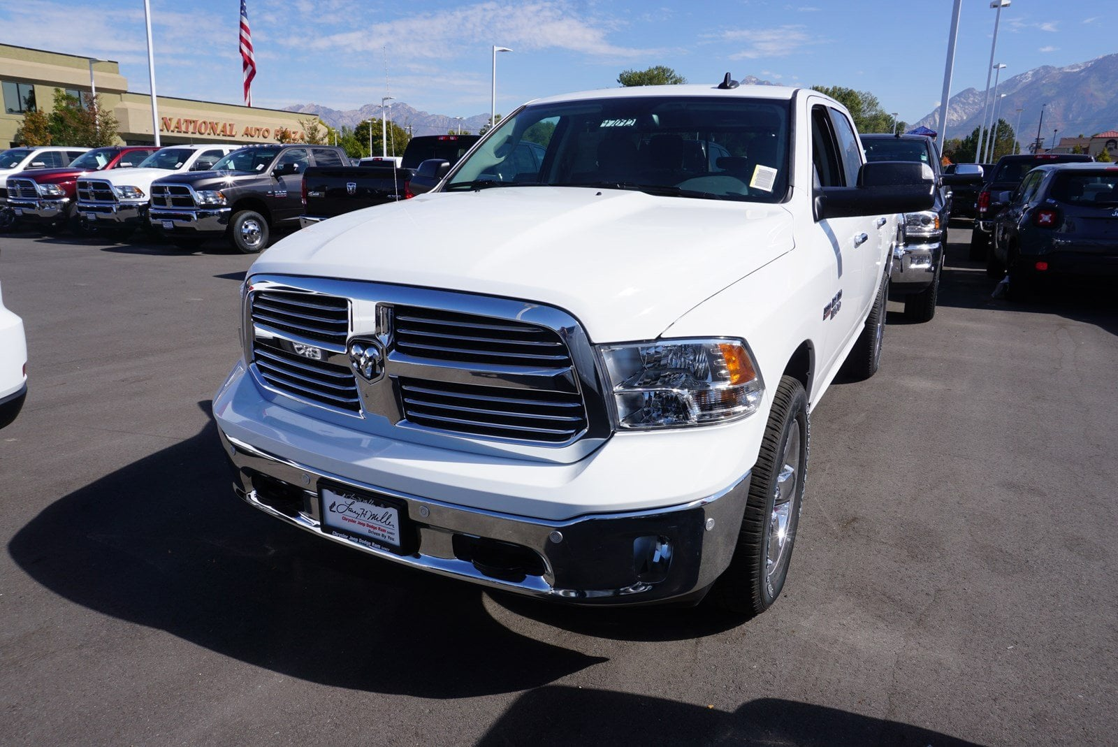 2018 Ram 1500 Crew Cab 4x4, Pickup #47092 - photo 4