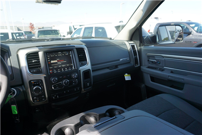 2018 Ram 1500 Crew Cab 4x4, Pickup #47092 - photo 11