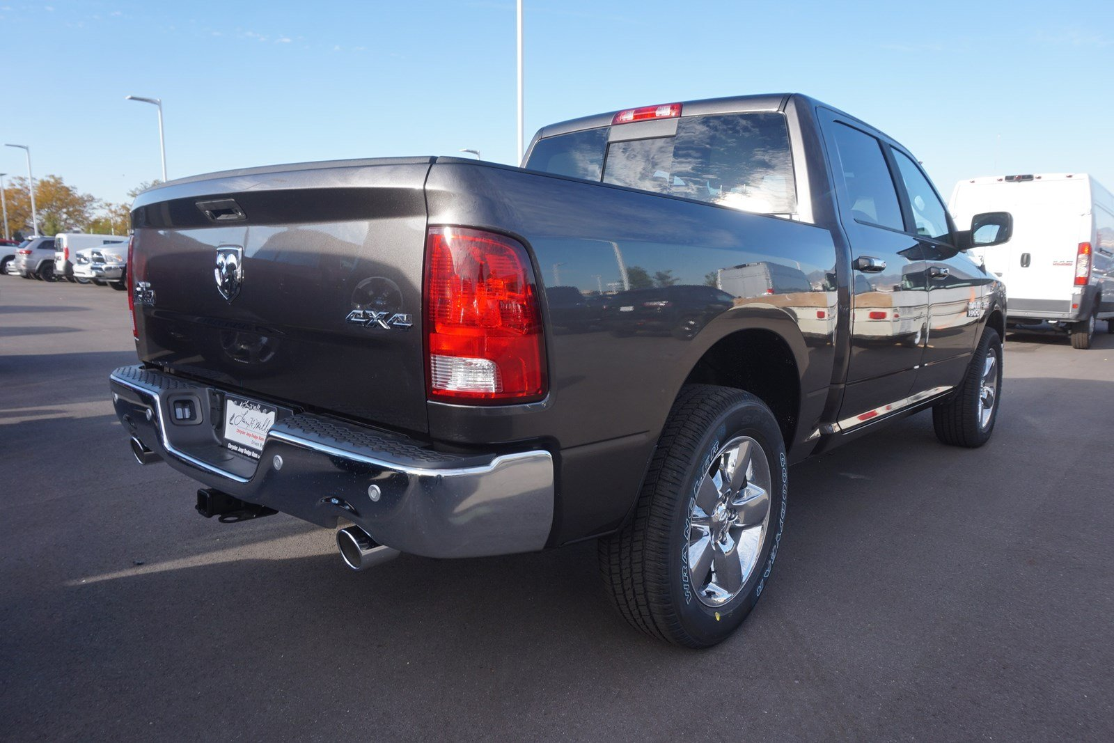 2018 Ram 1500 Crew Cab 4x4 Pickup #47108 - photo 2