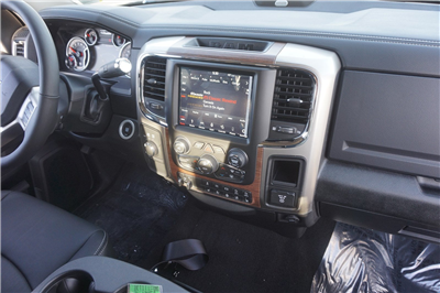 2018 Ram 2500 Mega Cab 4x4 Pickup #47168 - photo 13