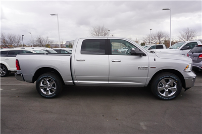 2018 Ram 1500 Crew Cab 4x4 Pickup #47175 - photo 8