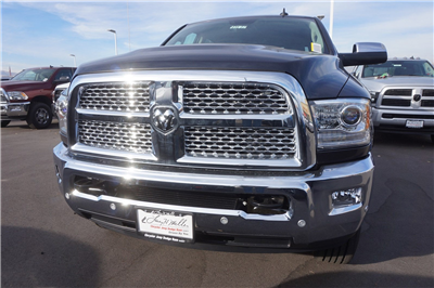 2018 Ram 3500 Crew Cab 4x4 Pickup #47177 - photo 3