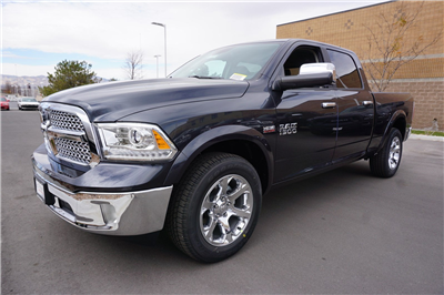 2018 Ram 1500 Crew Cab 4x4, Pickup #47228 - photo 4