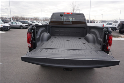 2018 Ram 3500 Mega Cab 4x4, Pickup #47248 - photo 20