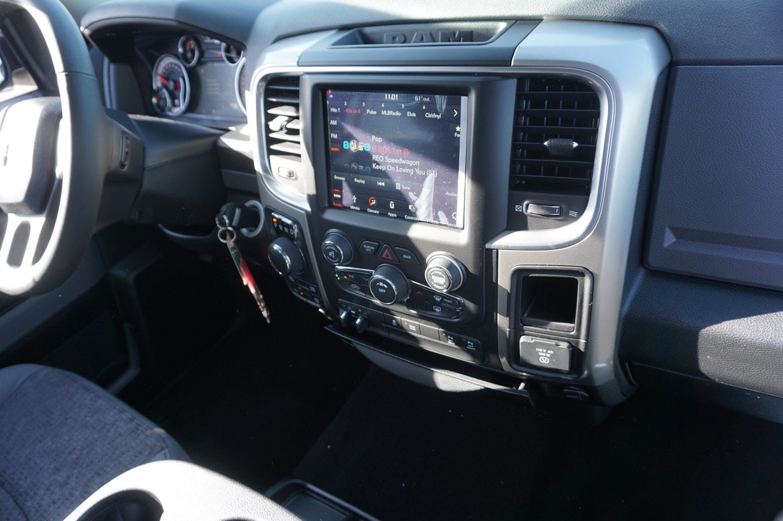 2018 Ram 1500 Crew Cab 4x4, Pickup #47267 - photo 13