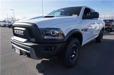 2018 Ram 1500 Crew Cab 4x4, Pickup #47271 - photo 4