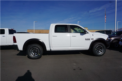 2018 Ram 1500 Crew Cab 4x4, Pickup #47271 - photo 8