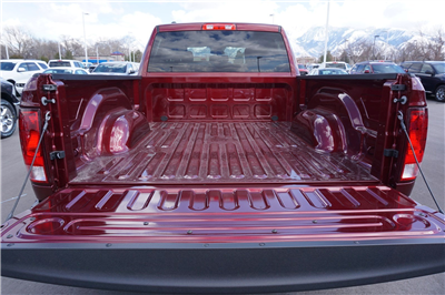 2018 Ram 1500 Quad Cab 4x4, Pickup #47465 - photo 21