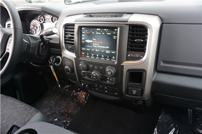 2018 Ram 3500 Mega Cab 4x4, Pickup #47481 - photo 11