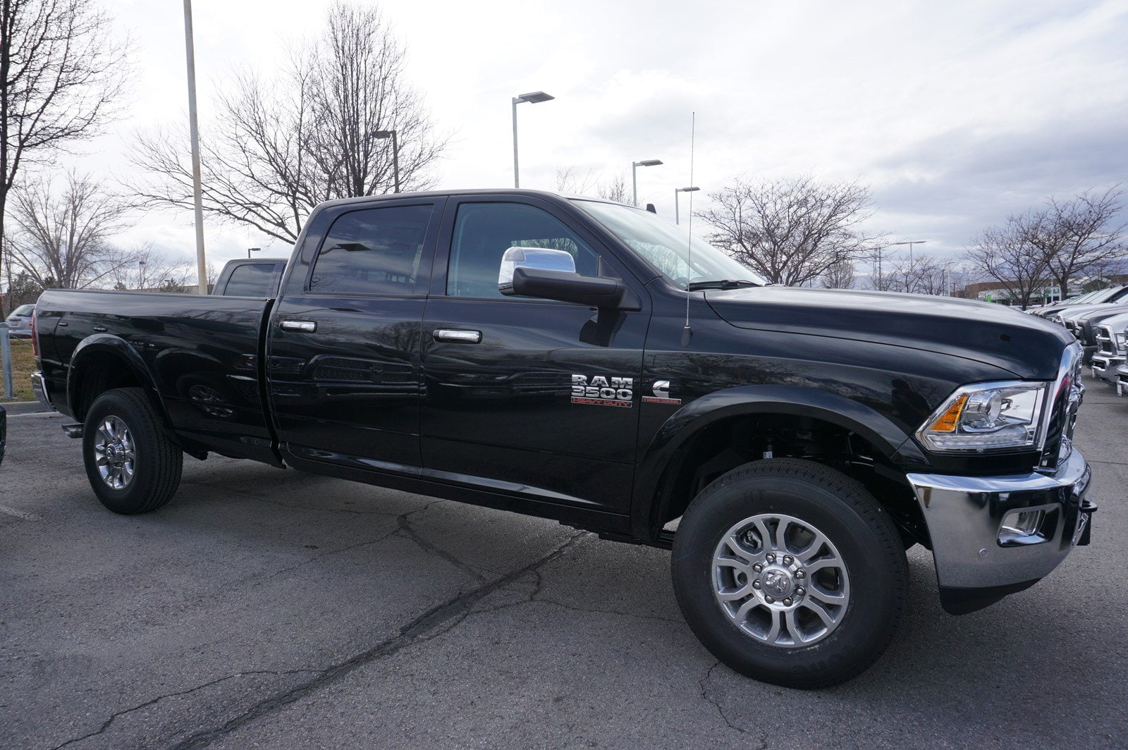 2018 Ram 3500 Crew Cab 4x4, Pickup #47546 - photo 8