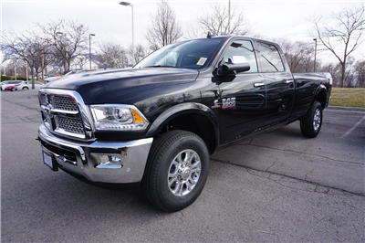 2018 Ram 3500 Crew Cab 4x4, Pickup #47546 - photo 4