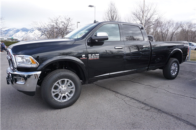 2018 Ram 3500 Crew Cab 4x4, Pickup #47546 - photo 5