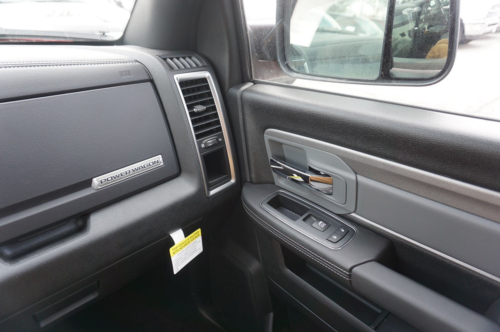 2018 Ram 2500 Crew Cab 4x4, Pickup #47578 - photo 11