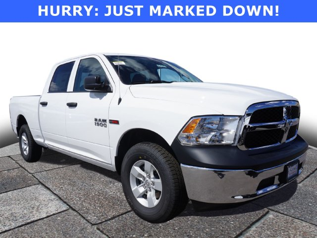 2018 Ram 1500 Crew Cab 4x4,  Pickup #47579 - photo 1