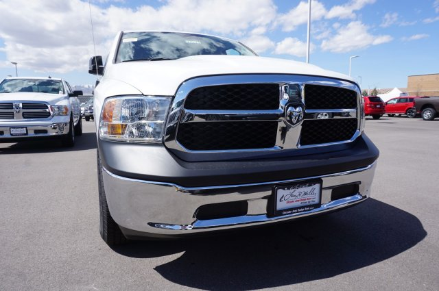 2018 Ram 1500 Crew Cab 4x4,  Pickup #47579 - photo 3
