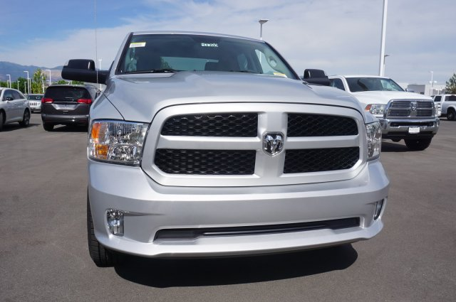 2018 Ram 1500 Crew Cab 4x4,  Pickup #47780 - photo 3