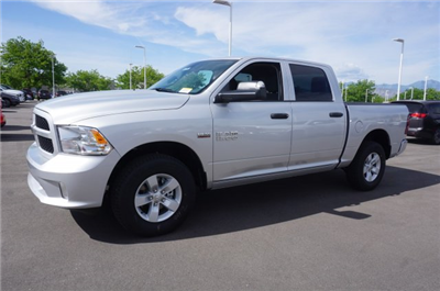 2018 Ram 1500 Crew Cab 4x4,  Pickup #47780 - photo 5