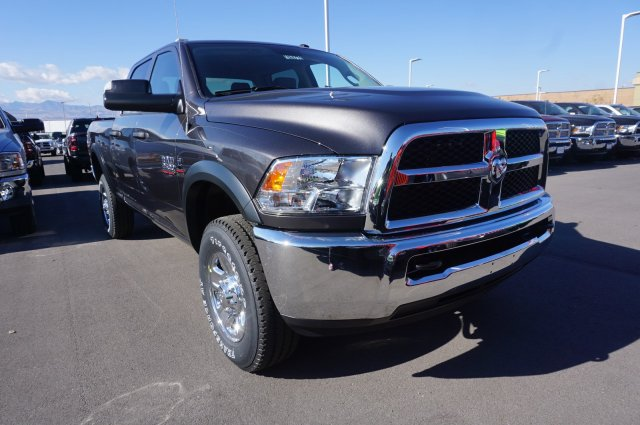 2018 Ram 2500 Crew Cab 4x4,  Pickup #48071 - photo 3