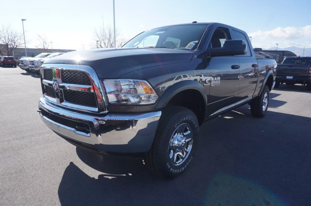 2018 Ram 2500 Crew Cab 4x4,  Pickup #48071 - photo 4