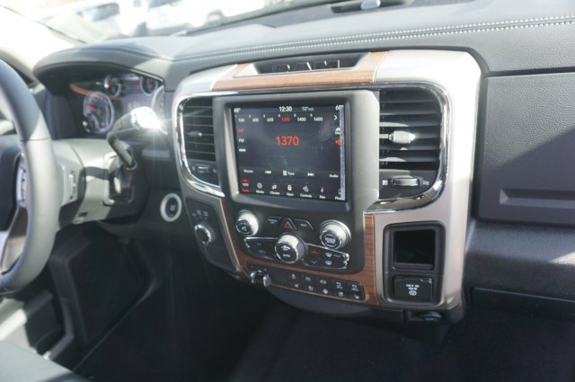 2018 Ram 3500 Crew Cab 4x4,  Pickup #48096 - photo 10