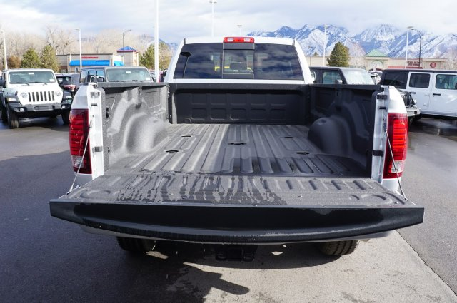 2018 Ram 3500 Crew Cab 4x4,  Pickup #48133 - photo 20