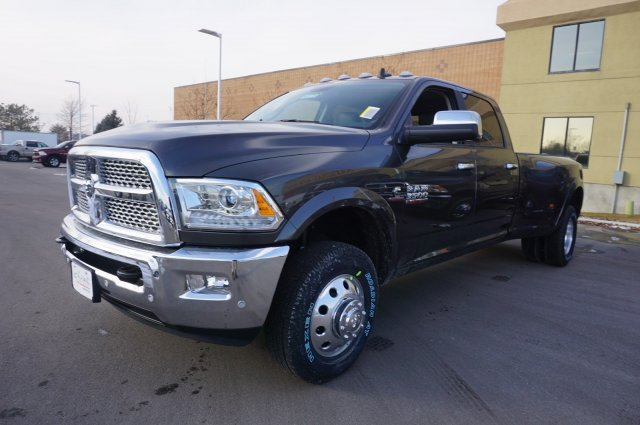2018 Ram 3500 Crew Cab DRW 4x4,  Pickup #48138 - photo 4