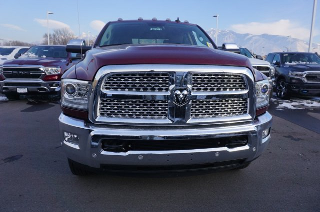 2018 Ram 3500 Crew Cab DRW 4x4,  Pickup #48139 - photo 3