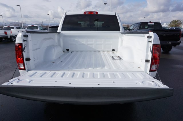 2018 Ram 1500 Crew Cab 4x4,  Pickup #48178 - photo 3