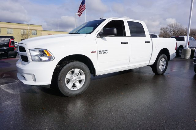 2018 Ram 1500 Crew Cab 4x4,  Pickup #48178 - photo 5