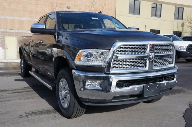 2018 Ram 3500 Crew Cab 4x4,  Pickup #48276 - photo 3