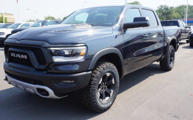 2019 Ram 1500 Crew Cab 4x4,  Pickup #57057 - photo 4