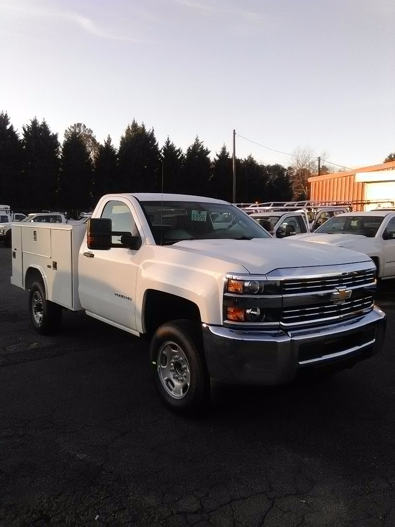 2017 Silverado 2500 Regular Cab Service Body #6580 - photo 1