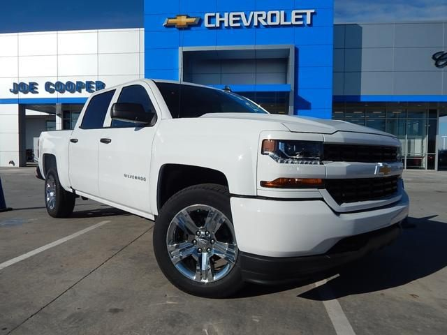 2018 Silverado 1500 Crew Cab, Pickup #JG272464 - photo 1