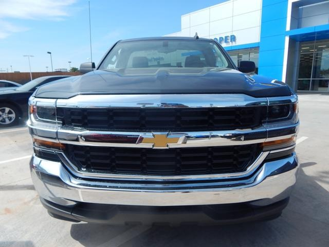 2018 Silverado 1500 Regular Cab Pickup #JZ120243 - photo 4