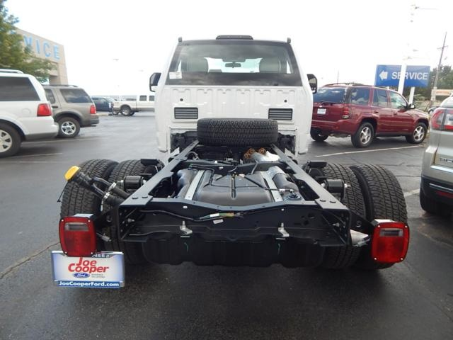 2017 F-350 Regular Cab DRW 4x4 Cab Chassis #HEE13820 - photo 2