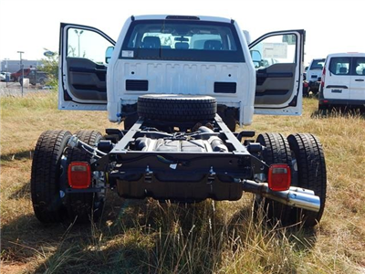 2017 F-550 Super Cab DRW 4x4 Cab Chassis #HEE01405 - photo 2