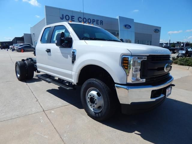2019 F-350 Super Cab DRW 4x4,  Cab Chassis #KEC22126 - photo 1