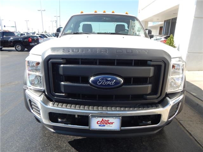 2016 F-550 Regular Cab DRW 4x4, Cab Chassis #GED23176 - photo 4