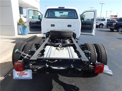 2016 F-550 Regular Cab DRW 4x4, Cab Chassis #GED23176 - photo 2