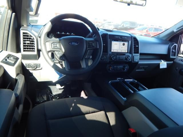 2018 F-150 SuperCrew Cab 4x2,  Pickup #JKF73050 - photo 3