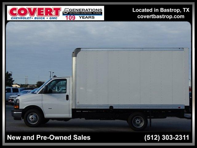 2018 Savana 3500 4x2,  Supreme Cutaway Van #383256 - photo 3