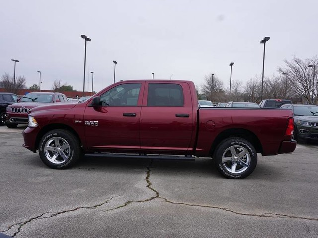 2018 Ram 1500 Crew Cab 4x4, Pickup #JG158611 - photo 5