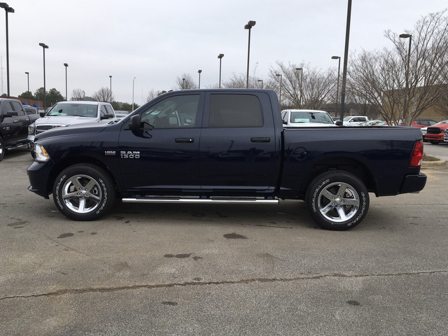 2018 Ram 1500 Crew Cab 4x4,  Pickup #JG165045 - photo 4