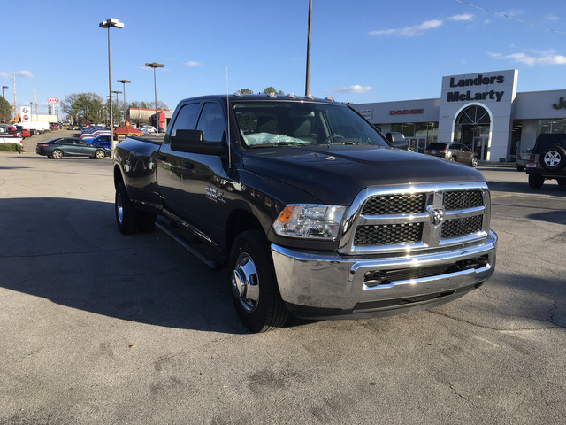 2018 Ram 3500 Crew Cab DRW, Pickup #JG172261 - photo 1