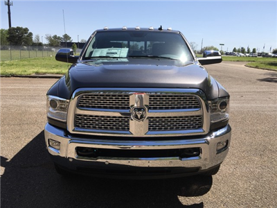 2018 Ram 3500 Crew Cab DRW 4x4,  Pickup #JG220959 - photo 3