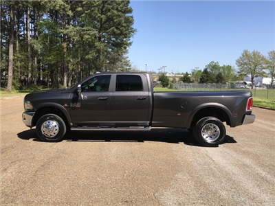 2018 Ram 3500 Crew Cab DRW 4x4,  Pickup #JG220959 - photo 4